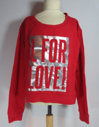 "Modischer Pullover ""L for Love"""